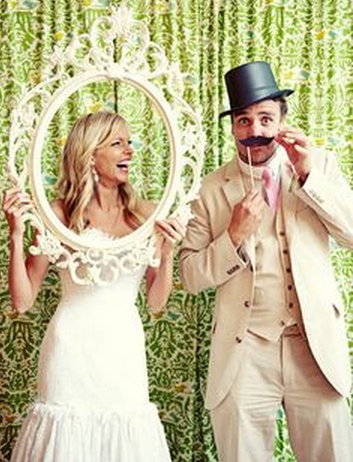 Creative Wedding Photography Props